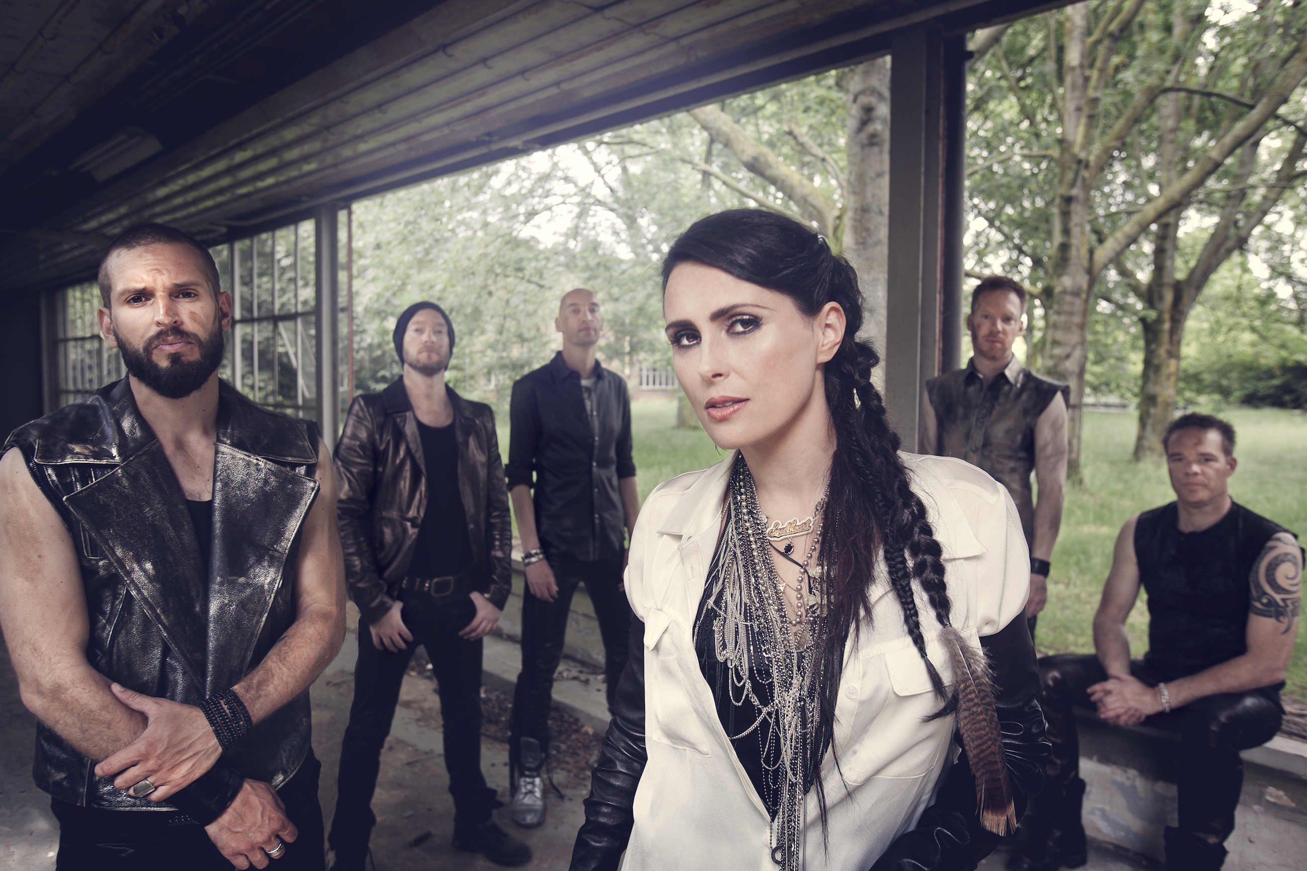 1101_within_temptation1-1